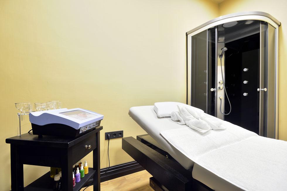 sala-de-tratamientos-centro-de-estetica-y-belleza-en-oviedo